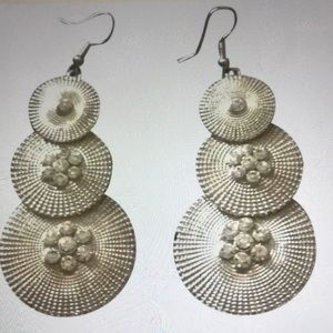 Jewelry - Silver earring